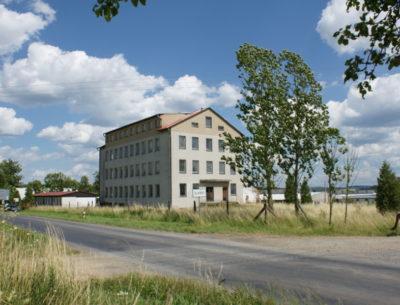 Dům k rekonstrukci, vhodný na domov důchodců, ubytovnu, startovací byty apod.